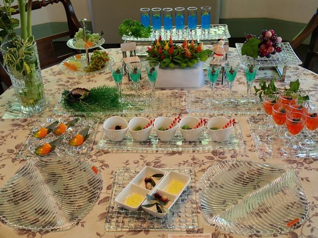 夏シーズンのテーブル -a