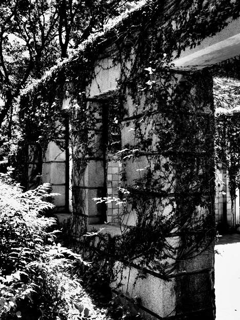旧フランス領事館公邸遺構は…