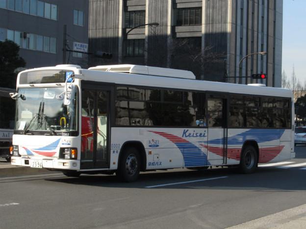 【京成バス】 E002号車