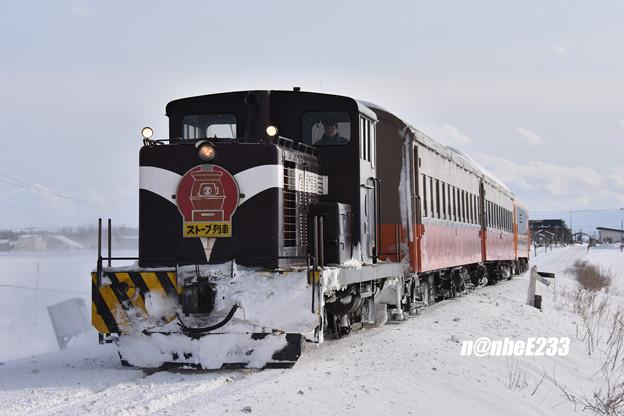 155レ(ストーブ列車5号) DD352+オハ463+オハフ331+津軽21-104