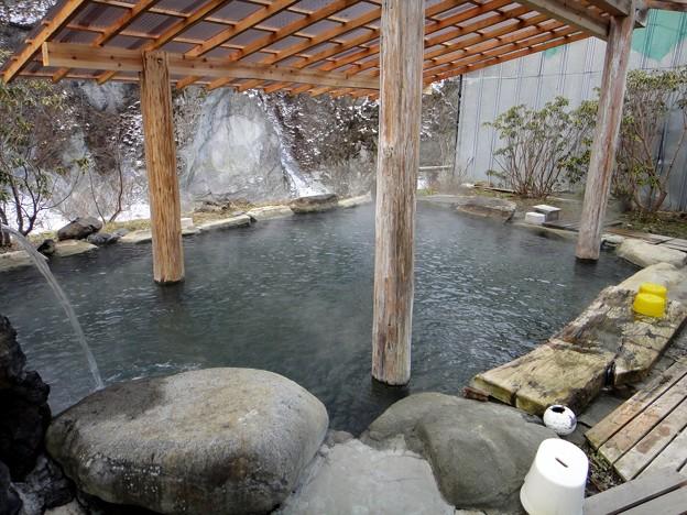 京塚温泉 しゃくなげ露天風呂@群馬県中之条町