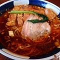 酸紅麺・中辛+排骨@はしご入船店・中央区新富町