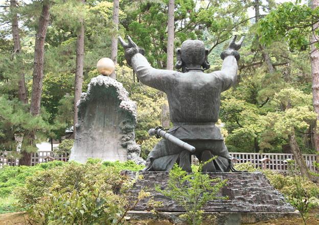出雲大社(4)大国主命モニュメント(1)