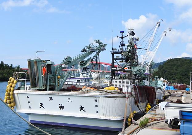 港の風景(37) 巾着網本船(1)