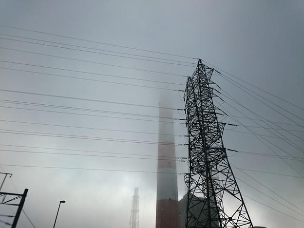写真: 4月19日(木)の煙突