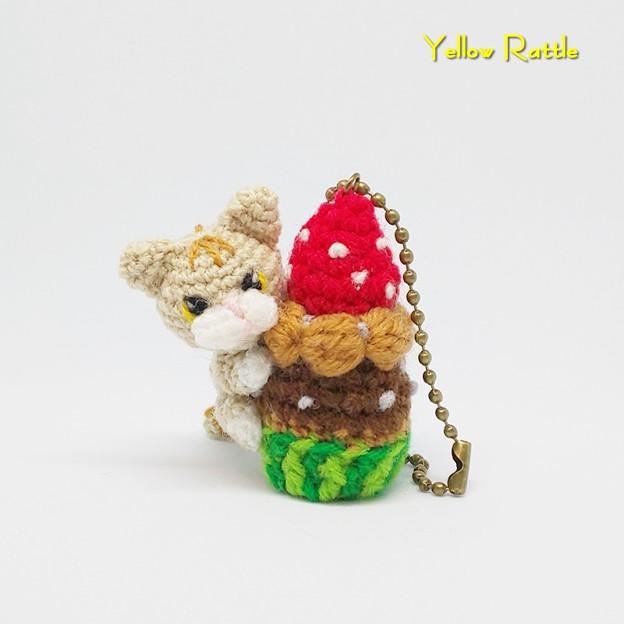 編みぐるみ ニャンコのカップケーキ