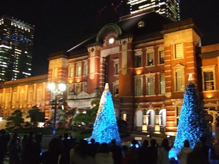 東京駅のイルミネーション1221
