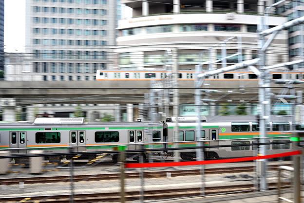 写真: 東京駅から
