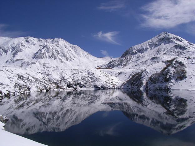 ミクリガ池と立山(雄山)1