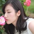 薔薇を愛でる