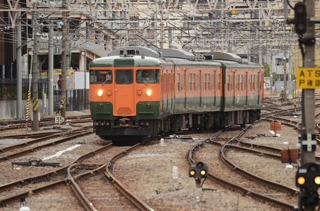 高タカ115系定期最終536M