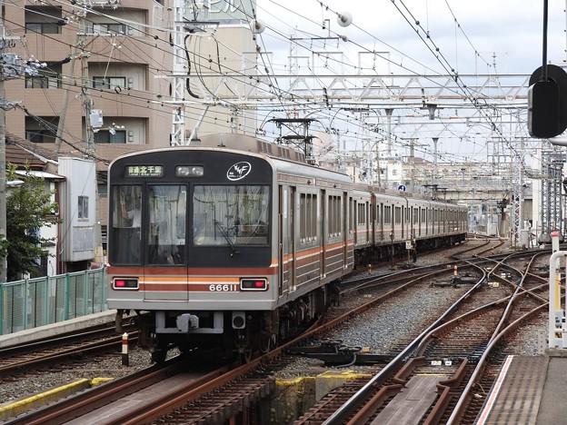 阪急淡路駅平面交差3