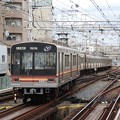 写真: 阪急淡路駅平面交差3