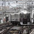 写真: 阪急淡路駅平面交差4
