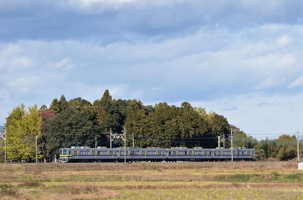 晩秋の東武宇都宮線20400型