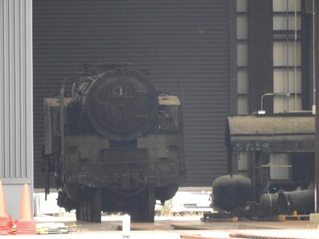 東武鉄道南栗橋SL検修庫に復活目指すC11 1号機!