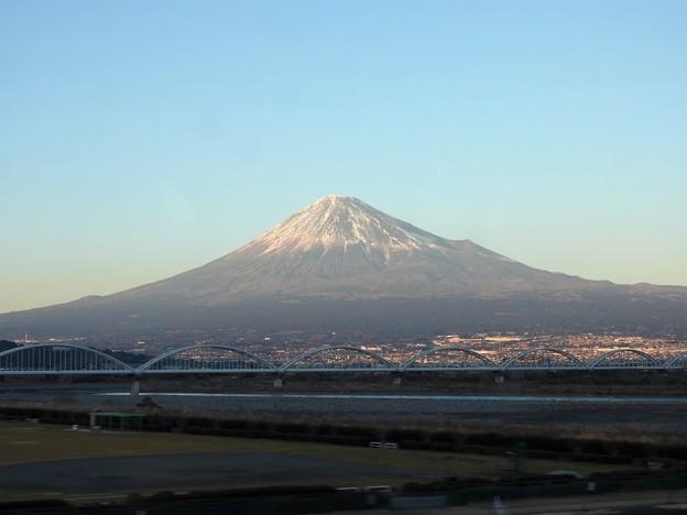 のぞみ号の車窓 富士川橋梁からの富士山