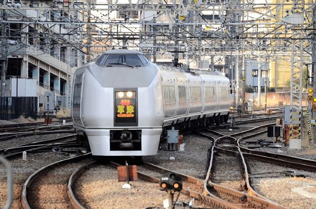 Photos: 651系特急草津84号高崎7番入線