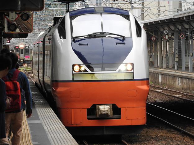 特急つがる1号秋田3番入線