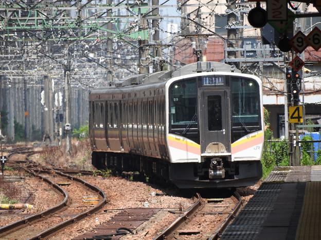 E129系436M長岡4番入線