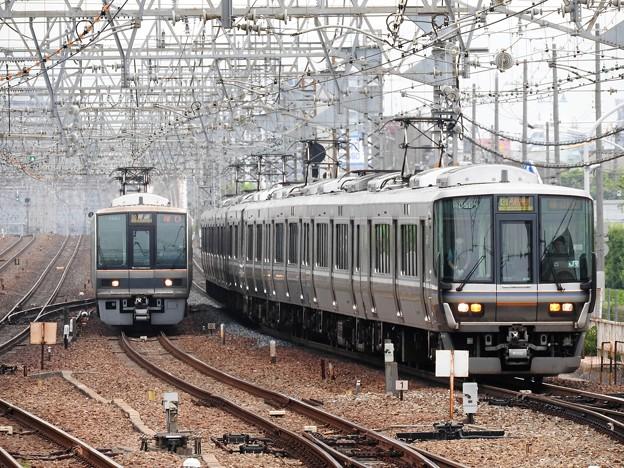 尼崎駅同時進入