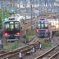 Photos: JR神戸線・宝塚線尼崎同時発車