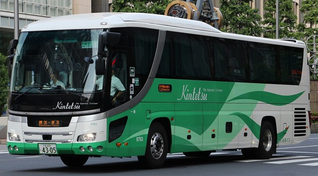 近鉄バス 夜行高速バス「ザ・エクスプレスクルーザー」    (ハイデッカー)