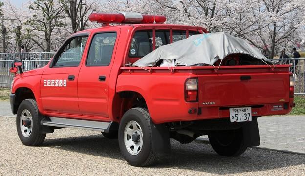 兵庫県三田市消防団 可搬ポンプ積載車(後部)
