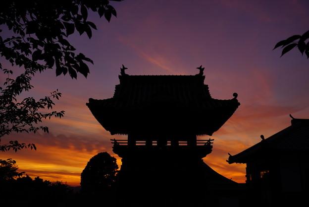 夕焼け空の切り絵 3