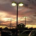Photos: 駐車場の夕焼け