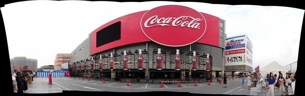コカ・コーラの新しい広告塔pano_20180609_03x
