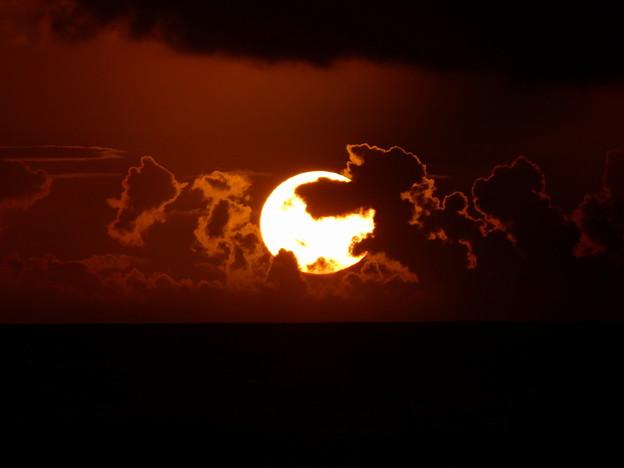 北谷町サンセットビーチ@夕陽のコラボ