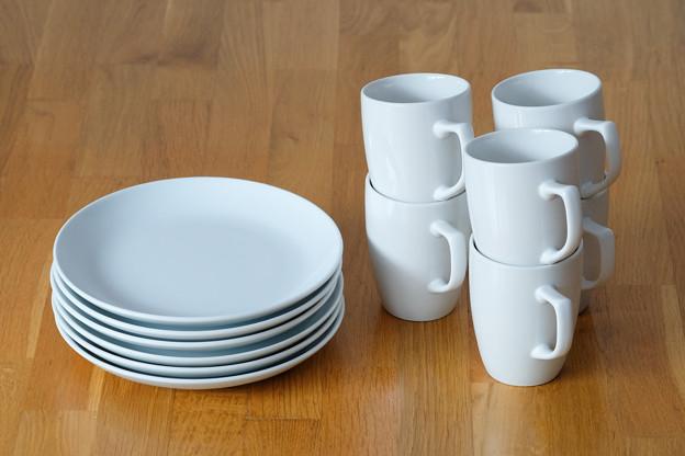イケアのコーヒーマグ6個、お皿6枚セット