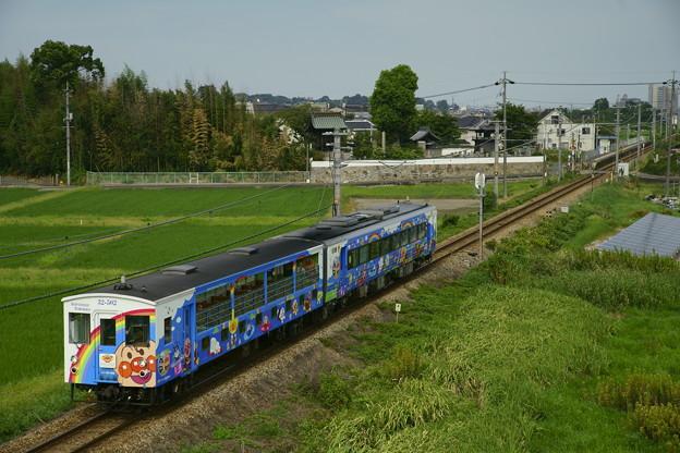 キハ32系・瀬戸大橋アンパンマントロッコ3号