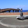写真: 日本海を見つめる子供のころの良寛さん