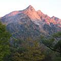 151014-1焼岳登山と上高地・明神館からの明神岳