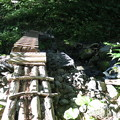 写真: 180727-9少し傾いた橋