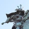 写真: 190107-52はとバス・東京1日・皇居・楠木正成像