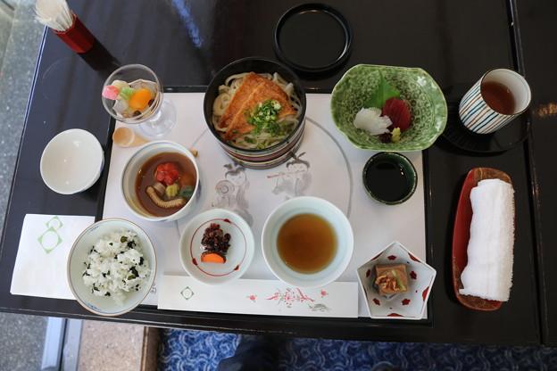 190107-61はとバス・東京1日・お台場・グランドニッコー東京台場ホテルでの昼食