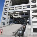 写真: 190107-88はとバス・東京1日・お台場・フジテレビ本社ビル・階段