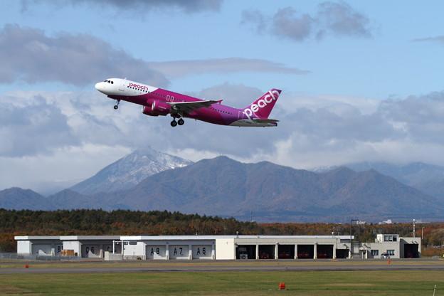 A320 恵庭岳初冠雪2015