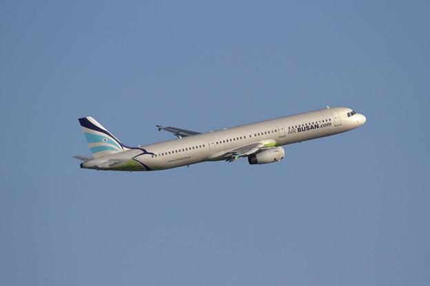 A321 HL8213 AirBusan