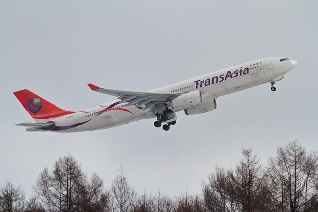 A330 B-22103 TransAsia takeoff