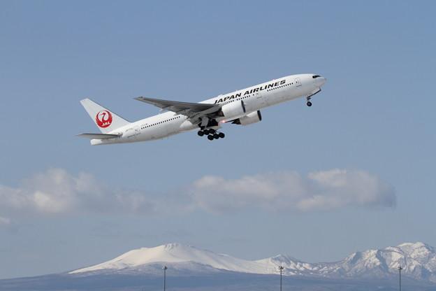 B777 JA772J JAL takeoff