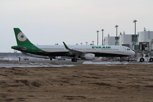 A321 B-16221 EVA pushback開始