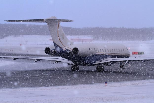 Bombardier Global5000 B-KEZ 雪やこんこん