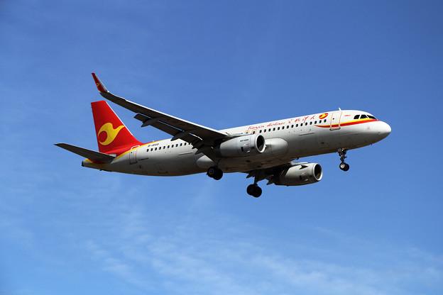 A320 天津航空 B-1849 approach
