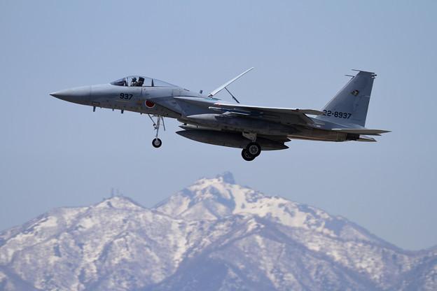 写真: F-15J 937 201sq approach