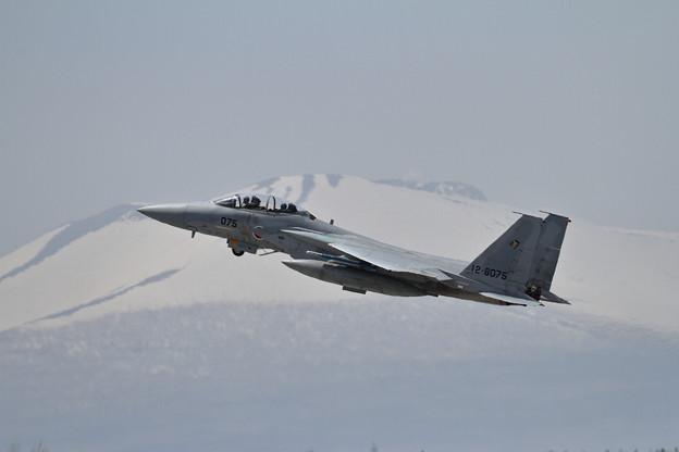 写真: F-15DJ 075 201sq takeoff