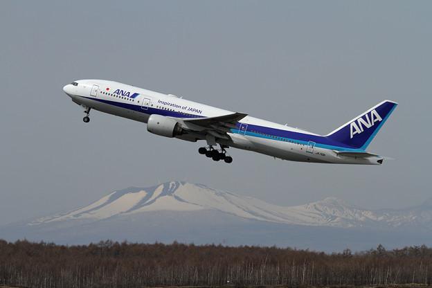 B777 ANA JA710A takeoff